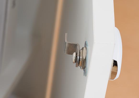 Invue Smart Lock secures retail merchandise