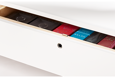 InVue-L430-Smart-Lock-Aufsteller-Sicherheit-im-Einzelhandel